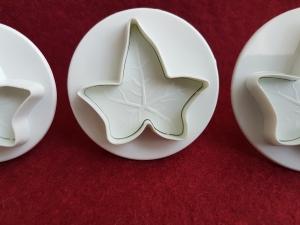 Set forme cutter cu 3 frunze mari