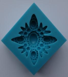 Mulaj din silicon, floare brosa 2