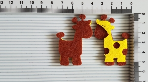 Figurina din fetru - girafa