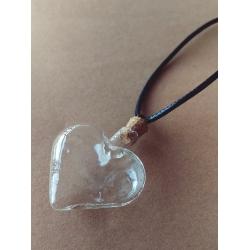 Colier inima din sticla cu dop de pluta